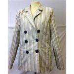 boohoo – Size: 8 – Beige striped smart jacket