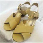 M&S Marks & Spencer – Size: 7 – Wide Strap Beige Sandals