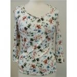M&S Classic size 8 cream with flower print top. M&S Marks & Spencer – Size: 8 – Cream / ivory